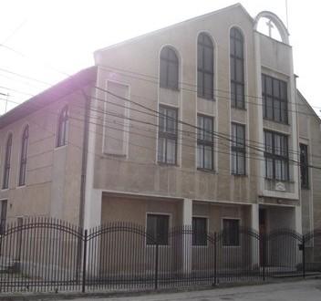 biserica-baptista-petrosani1