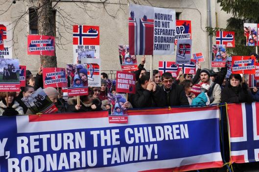 barnevernet_protest_romania-1